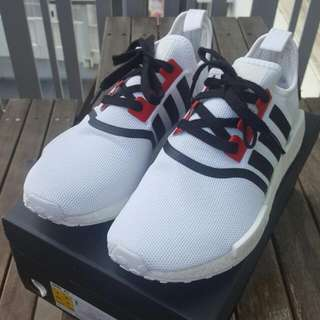 Adidas NMD Triple White UK8.5/US.9 Customised by Velvethoop Customs
