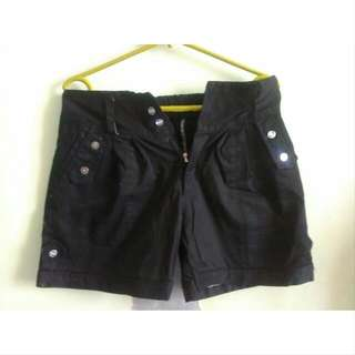 NEW Black Hotpants Size 28-29