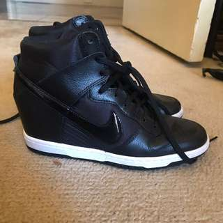 Nike Dunks Kicks Hidden Heels