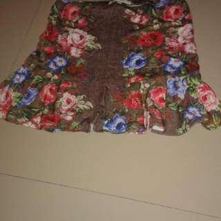 Kamiseta Floral Skirt