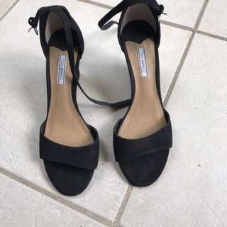Tony Bianco Black Wedges