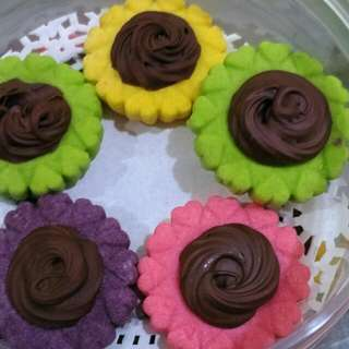 Halal Homemade Colourful Nutella Tarts