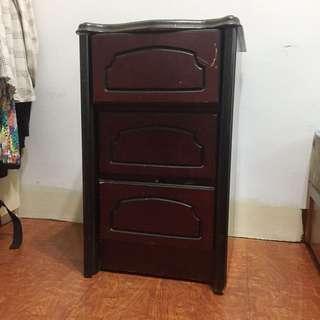 實木古董三層櫃