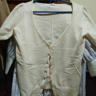 Cardigan Warna Cream