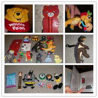 27pcs assorted items - cat shape torch, Winnie the pooh hat, dragon keyrings, wallets, yoyo, etc ... as shown on the photos, all in excellent condition & some are brand new