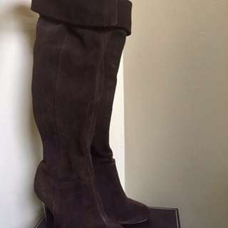 Ladies Suede Over The Knee Boots - Brown - Size 6 -NWT