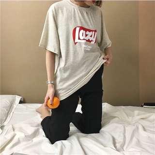 Lazy印花圓領長版T恤