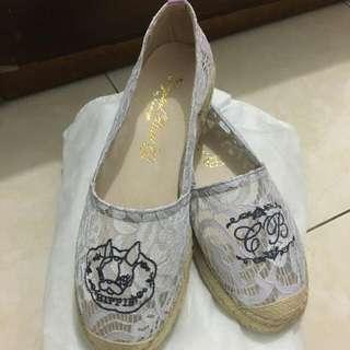 Grace gift 蕾絲透膚草編鞋 24