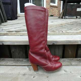 Red Leather Boots With Wool Lining