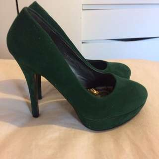 Green Velvet Pumps