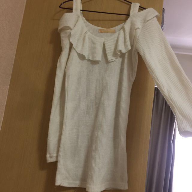 冬季米白色長袖毛料直條紋上衣