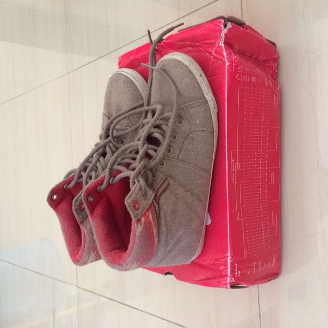 Airwalk Suede Shoes