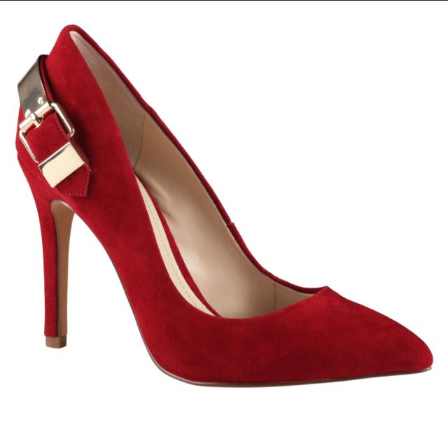 Aldo red suede pump
