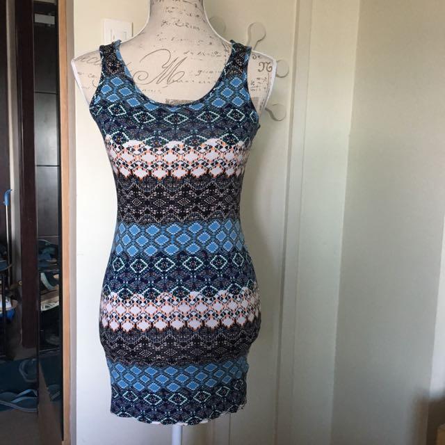 Blue Patterned Summer Dress (Neu brand)