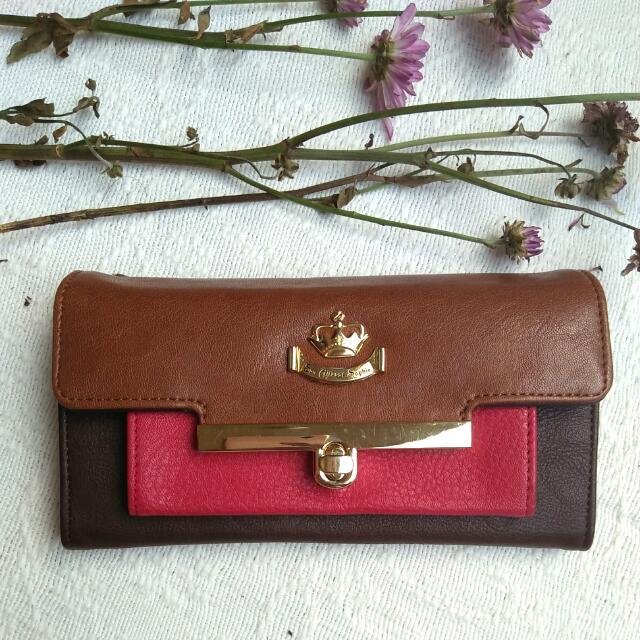 Brand New! Vernier Wallet