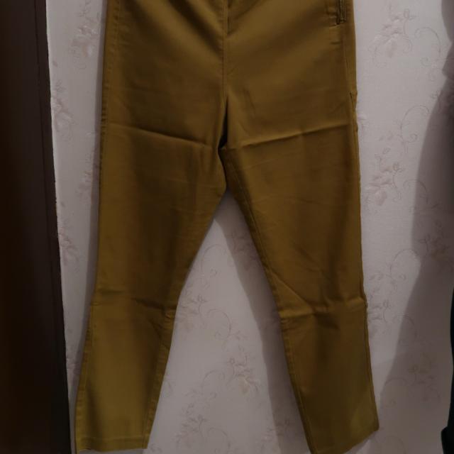 Celana H&m Mustard Size 40