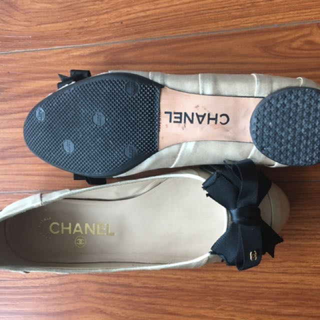 Chanel Flats (size 36)