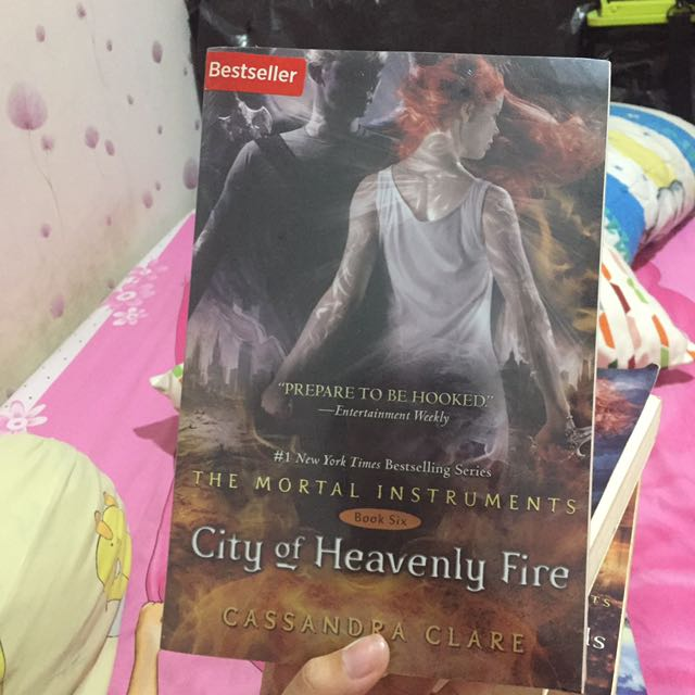 City of Heavenly Fire by Cassandra Clare (Book 6)(Inggris)