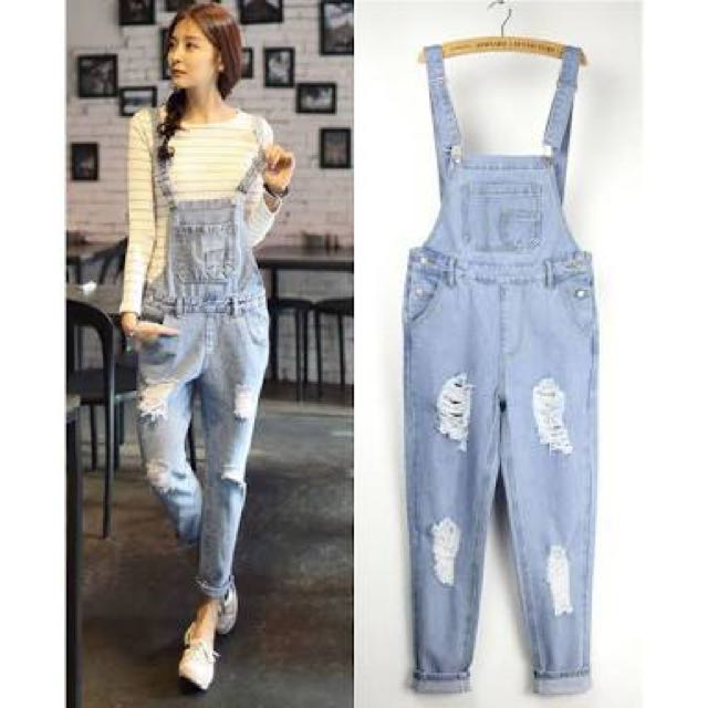 Denim Ripped Jumper Pants Preloved Womenu0026#39;s Fashion Clothes on Carousell