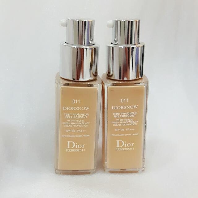 Dior 雪精靈粉底液