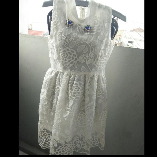 Dress Korea Putih
