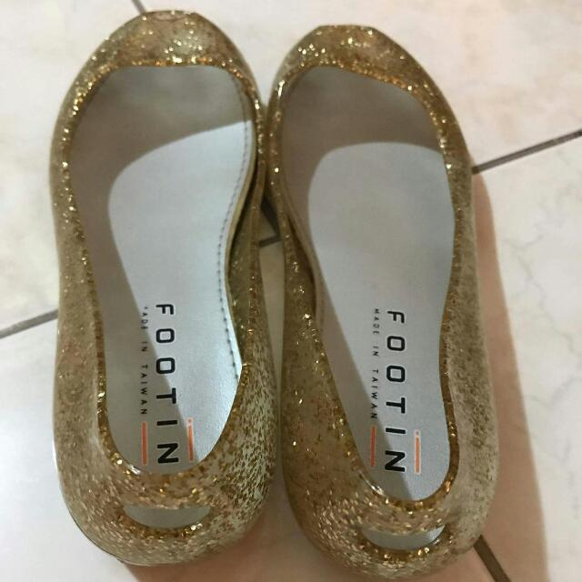 Footin Jelly Shoes