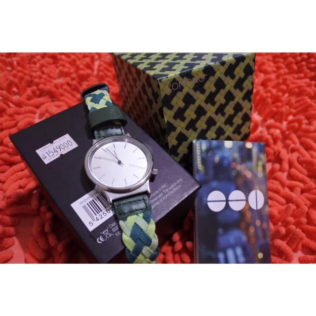 Jam Tangan KOMONO Wizard Woven Mixed Greens, Preloved Fesyen Wanita, Jam Tangan di Carousell
