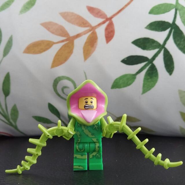 Lego Minifigure Plant Monster