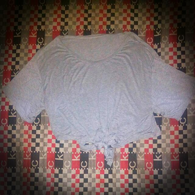 Loose Grey Shirt With A Knot Front