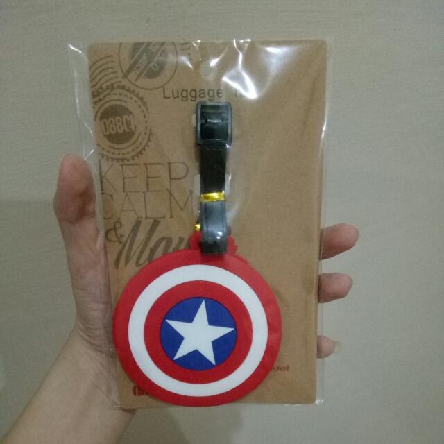 Luggage Tag Shield Captain America