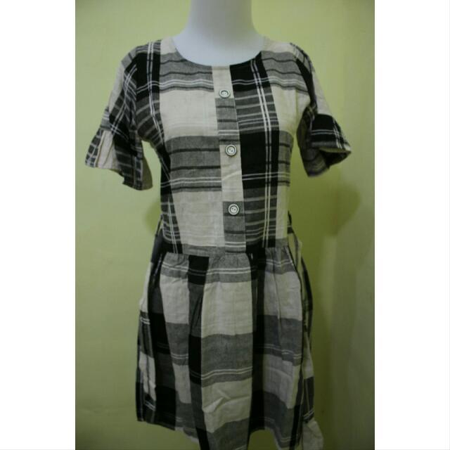 Mini Dress Monokrom