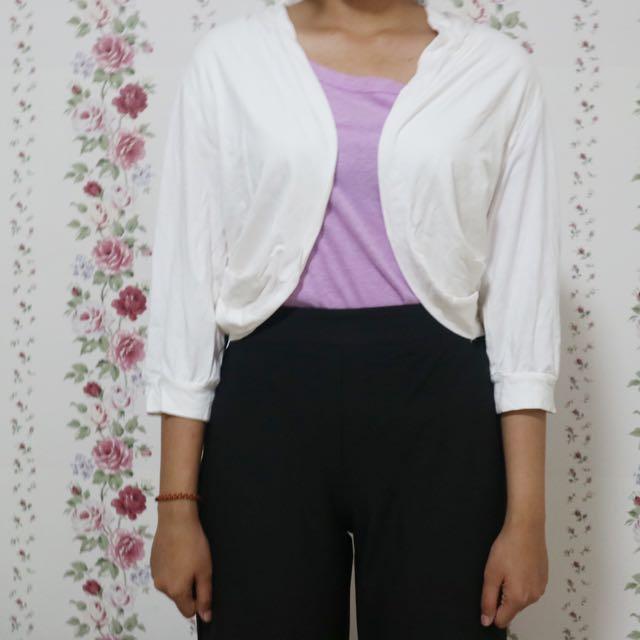Minimal - White Cardigan