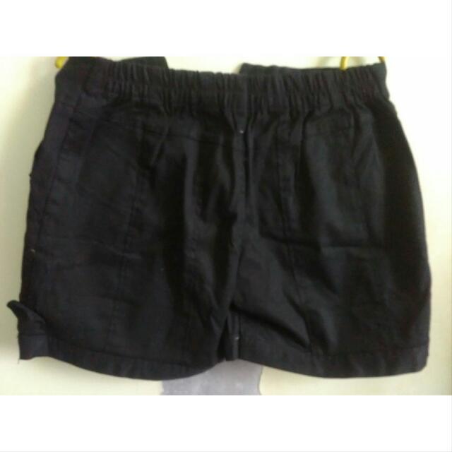 NEW Black Hotpants Size 28-29