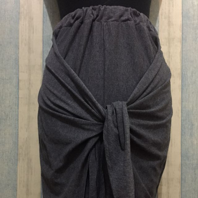 [NEW] Local Brand: Fronje Tied Skirt