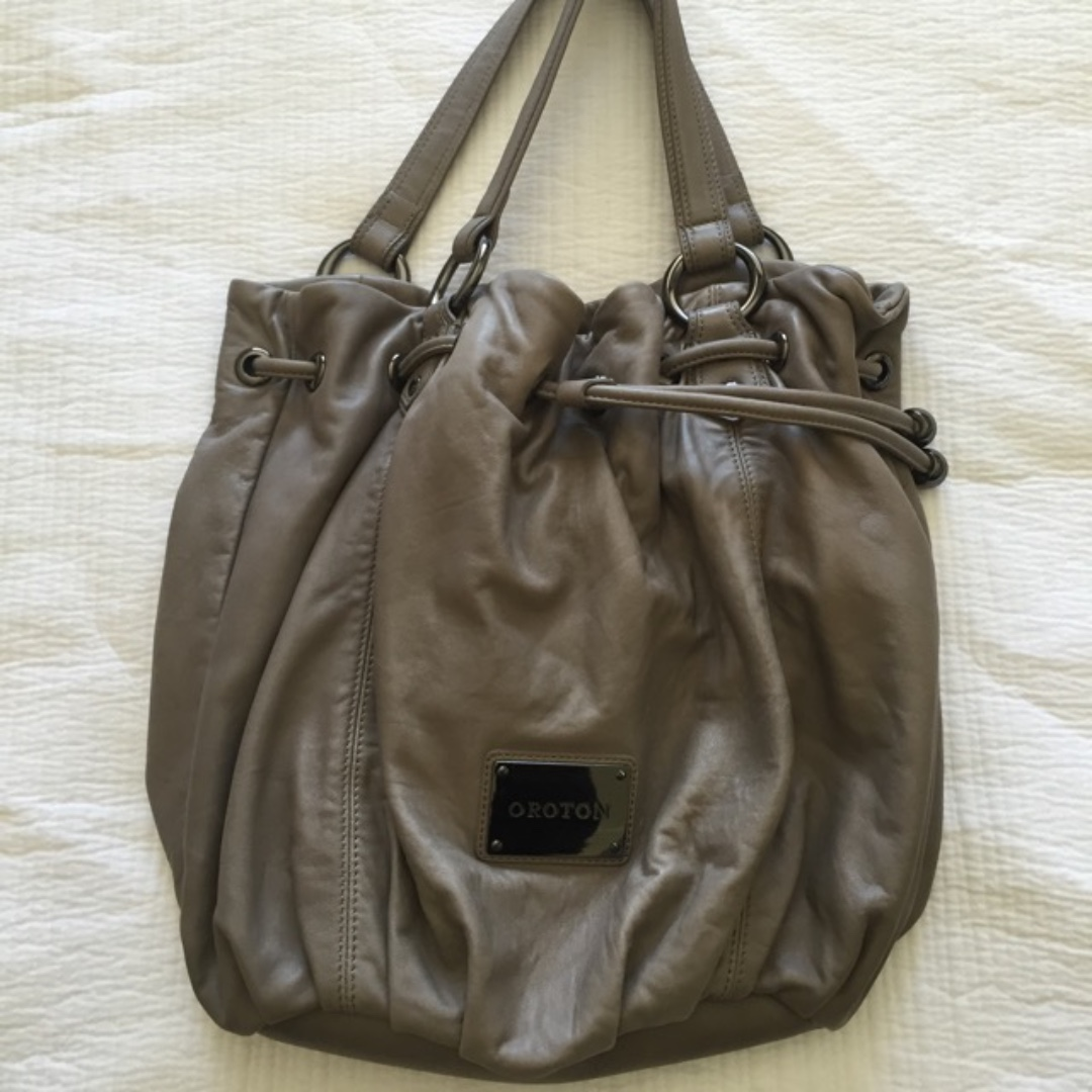 Oroton leather handbag