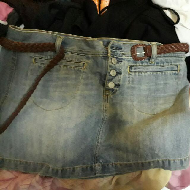 Rok Mini Jeans Merk Old Navy Size 10 Free Belt