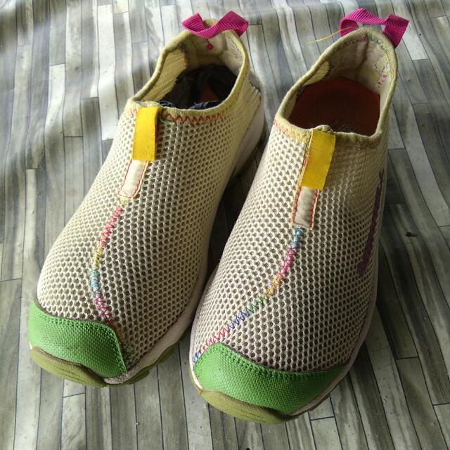 Sepatu Outdoor Merrell Womens