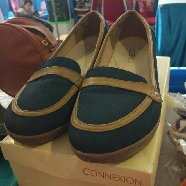 Sepatu Wedges Connexion