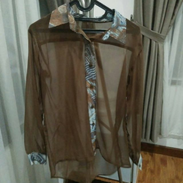 transparant brown top