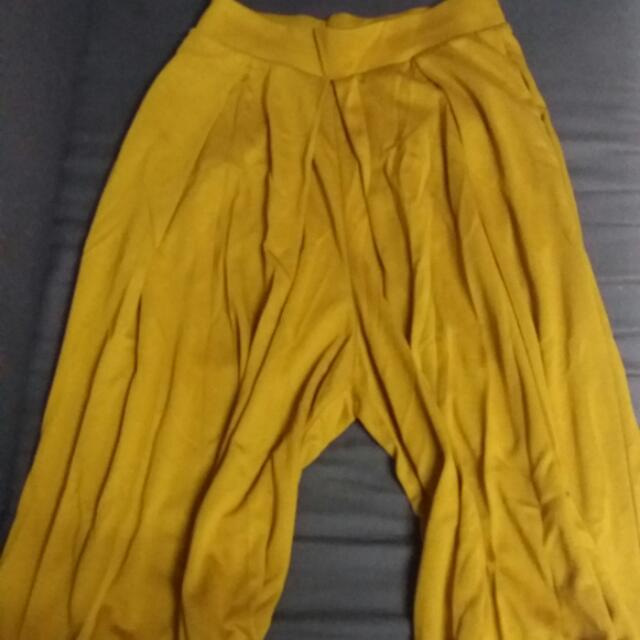 全新UNIQLO裙褲 黃色