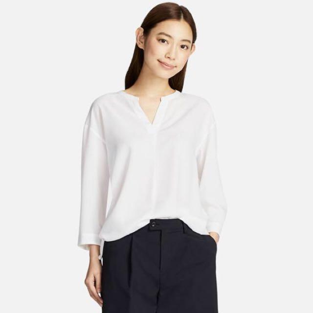 4b55a34d6ac8c9 BNWT Uniqlo Rayon Skipper Collar 3/4 Sleeve Blouse, Women's Fashion,  Clothes, Tops on Carousell
