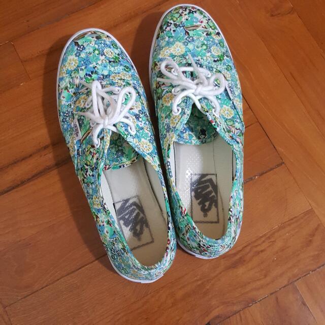 Vans碎花平底鞋波鞋