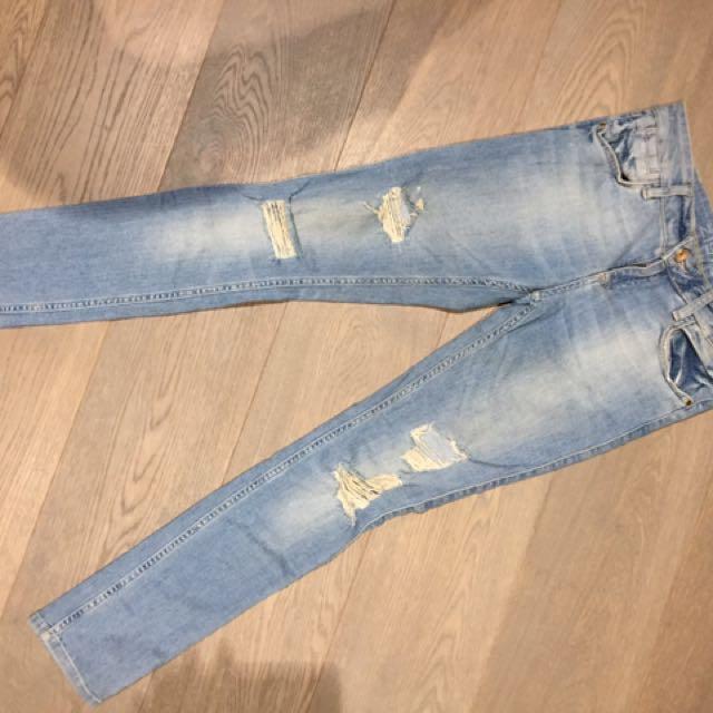 Zara Basic denim Jeans Ripped Sz.36 Low Rise