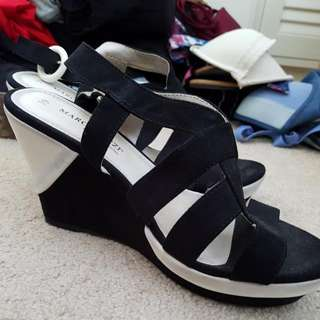 Marco Tozzi Black and White Wedges