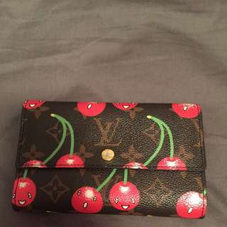 **PRICE REDUCED** Replica Louis Vuitton Wallet
