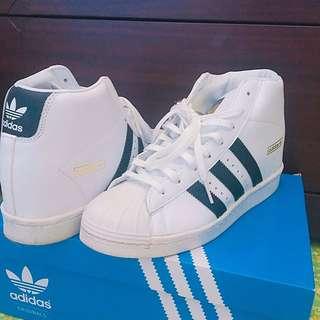 Adidas 愛迪達superstar up黑白內增高款