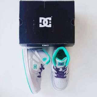 DC PO USA Size 10 Bukan Beli Di Store Indo