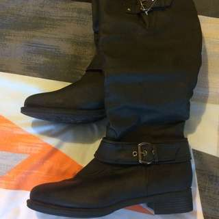 Brand New Boots! Size 8