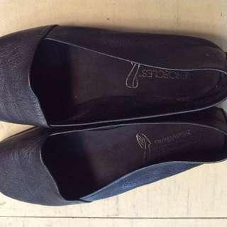 Aerosoles Black shoes