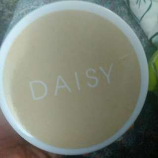Daisy Lady Powder